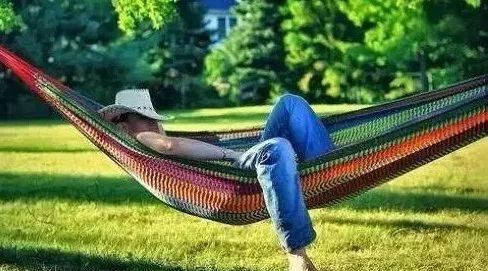全球五個最長壽國家:西班牙人靠午休  (雙語)