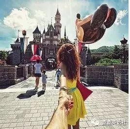 如何一分不花周游世界 (雙語)